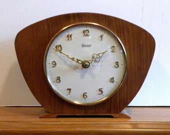 Vintage Garant Clock - 1970's Mantel Shelf Clock