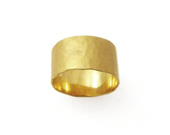 women wedding ring. 22k Wide wedding ring. women wedding band. Hammered wedding band. Statement Ring. Special ring. (gr-9329)