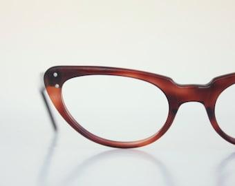 Vintage 50's French Tortoise Horn Minimalist Cat Eyeglasses Frames