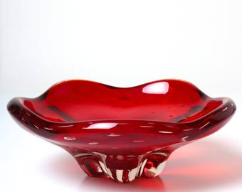 Vintage Whitefriars glass bowl 9428 ruby red controlled bubbles, 1950s midcentury English art glass lobed dish centrpiece, Geoffrey Baxter