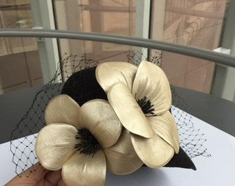 Cloche hat, Black hat, Hat with flowers, Mother of the bride hat, Gift for her, Black and gold, Leather flower, Formal hat, Winter hat