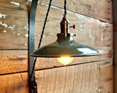 Industrial wall sconce Pulley lamp Vintage enamel barn light shade Cast iron pulley light Edison bulb lamp Green porcelain farm light