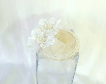 Bridal Fascinator - Country Wedding - Country Chic Hat - Tea Party Hat - Kentucky Derby - Hair Accessory - Beach Wedding - Flower Fascinator