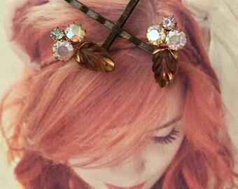 Molded Art Glass Leaf Leaves Bridal Hair Pins Jewelry 1940 1950 Amber Honey Topaz Satin Rhinestone Decorative Hairpins Bobby Pins West Germa