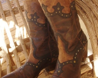 Ariat Boots Vintage Ostrich Studded Snip Toe SIZE 8.5M Women's Gorgeous Flashy Cowgirl
