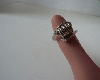 modernist bypass coil sterling silver  ring  signed Beau adjustable  size 6-7