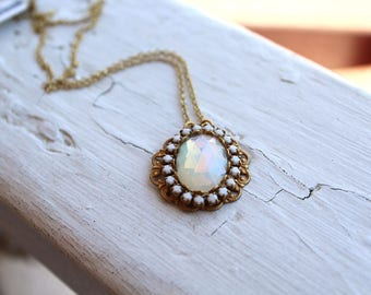 Vintage Handmade Opalite Filigree Necklace // Faceted Faux Opal // Victorian Revival // White Necklace // N101