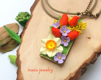 Flower Necklace, Spring Jewelry, Green Orange, Green Necklace, Tulip Necklace, Narcissus, Floral Jewelry, Romantic Jewelry, Gift For Women