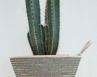 Rope Planter Bowl in Cactus Green (small size)
