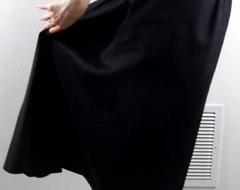 VINTAGE BLACK SKIRT 1960's High Low Bustle Size Small
