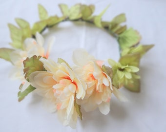 LOVELY Floral Crown, Flower Headpiece, Hair Accessory, Flower Crown