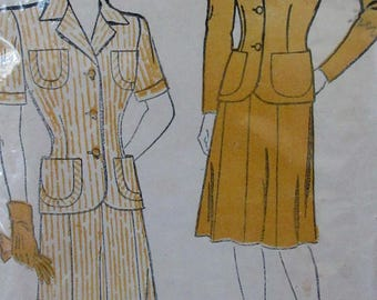 Vintage New York Patterns  1940s  Short sleeved  Dress Sewing Pattern #596  Size 16  Bust Size 34