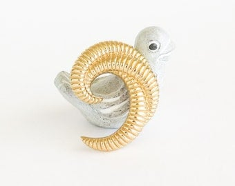 MONET Statement Swirl Brooch Pin