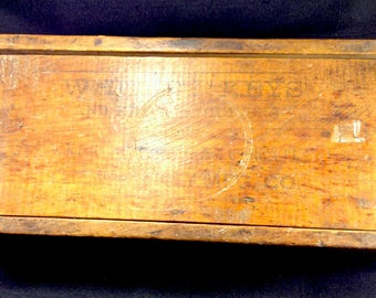Vintage Wooden Primitive Box, Whitney Manufacturing Litho Wood Box,Advertising Box,Primitive Decor,Shabby Chic, c1940s