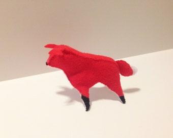 Standing fox in felt