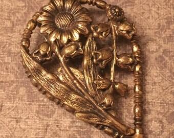 Vintage Floral Clip