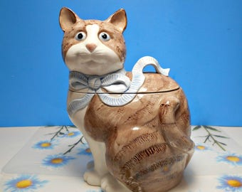 Ceramic Kitty Cat Cookie Jar, Brown Tabby Cat Container, Vintage 1985, Lillian Vernon, White Chest, Blue Ribbon, Snack Storage,Kitchen Decor