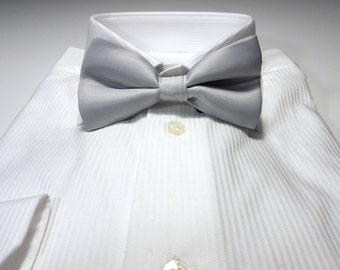Bow Tie in Silver Gray Solid