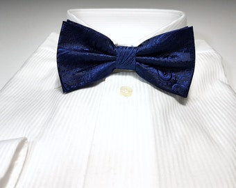 Bow Tie in Marine Navy Blue Paisley Solid