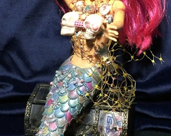 Ella Vyathen Original Undead Succubus Siren Of The Sea Zombie Barbie Biohazard  Mermaid