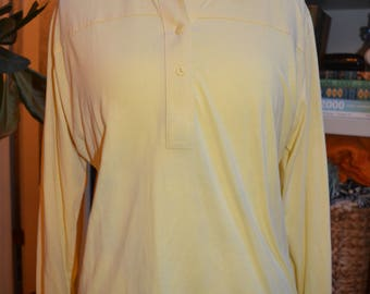 Vintage 70s Leon Levin yellow three button top blouse with great collar S/M