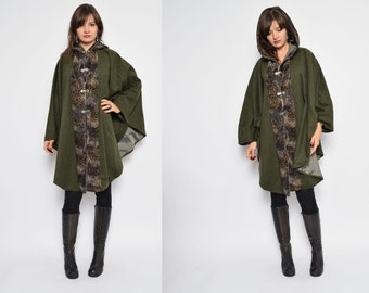 Vintage 70's Wool Coat Cape / Moss Green Wool Cape / Hooded Button Cape / Hooded Wool Coat