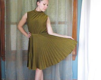 1960s Gold Pleated Dress Metallic Gold Dress 60s Shimmer Dress Mod Gogo Dress Betty Hartford Mock Turtleneck Twiggy Disco Glam NYE