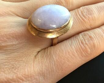 Vintage 14K Yellow Gold Lavender Jade Ring