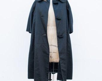 vintage 1950s JW robinson satin coat   S-L