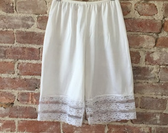 1970s White L'eggs Tap Pants - Size XS/S - Unworn Nos - Bloomers