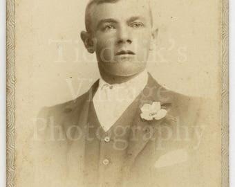 CDV Carte de Visite Photo - Victorian Handsome Young Man, Flower in Lapel Portrait - H C Messer of Salisbury England - Antique Photograph