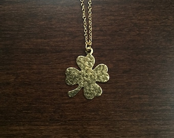 Clover Necklace, gold clover necklace, clover pendant, clover jewelry, clover, necklace, four leaf clover, gold necklace, jewellery