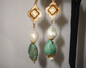 Irresistible Faceted Emerald Baroque Goldplated Connector Earrings******.