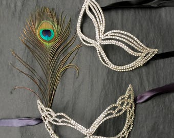 His and Hers Couple Masquerade Mask, Wedding Couples Mask, Couples Face Mask Set, Masquerade Mask Women Men, Rhinestone and Feather