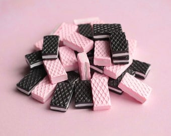 Pink/Chocolate Wafer Cabochons Flatback Embellishments Kawaii Decoden Resin