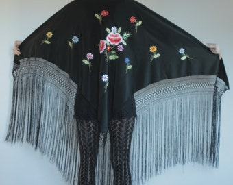 70's embroidered triangular piano scarf, rayon with long boho fringe