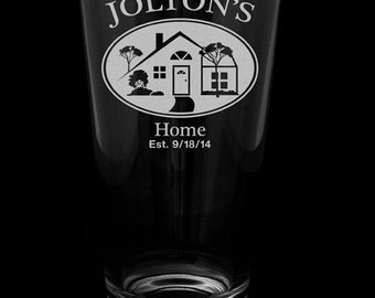 House Warming Gift, Set of 2 pint glasses, personalized with design