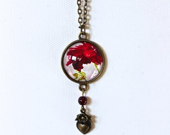 Red Violet Geranium Flower Floral Necklace Antique Brass Finish Pendant Necklace with Heart Charm and Bead