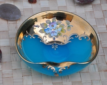 Bowl of opaline colour turquoise and details in gold-glass Venetian