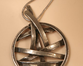 SILVER ART NECKLACE