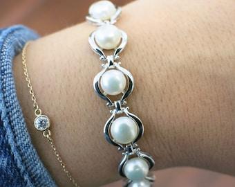 14K Vintage White Gold Cultured Pearl Bracelet 7 Inches