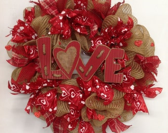 Valentine's Day Wreath, Valentine Day Decor, Valentine Day Mesh Wreath, Valentine Deco Mesh Wreath, Valentine ribbon Wreath, heart wreath