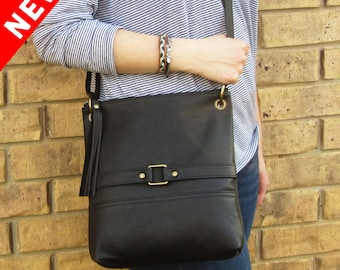 Black Leather Purse •  Black Leather Crossbody • Black Purse • Leather Handbag • Leather Purse • Leather Crossbody