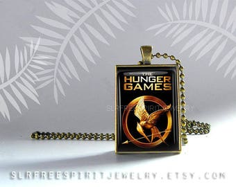 The Hunger Games, Hunger Games Necklace, Cabochon Jewelry, Gift for Teen, Hunger Games Fan Jewelry, Novels, Movies, Universe