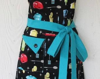 PLUS SIZE Apron, Womens Apron, Kitchen Utensils Apron, Retro Apron, Vintage Style, Kitchen Ware, KitschNStyle