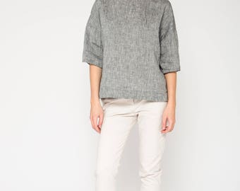 Boxy Top in Gray Linen