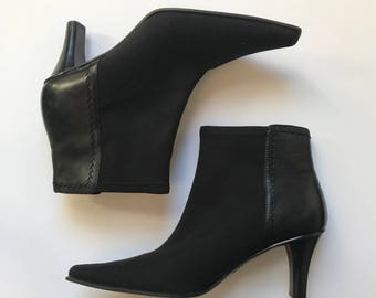 SALE *** Circa Joan David neoprene leather sock ankle boots, size 8.5 US, pointy toe, stretchy stretch fabric elastic '90s booties, goth