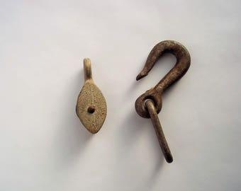 SALE Pulley & Hook, Metal Pulley Metal Hook, Farmhouse Decor, Vintage Industrial Decor, Repurpose Supply