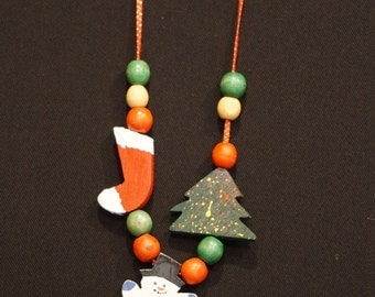 Vintage Handmade Hand Painted Christmas Necklace/ Teacher Necklace/ Snowman/ Christmas Tree/ Christmas Stocking/ Wooden Beads