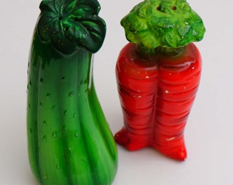 Large Vintage Ceramic Veggie Zucchini and Carrot Salt and Pepper Shakers